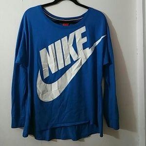 Nike shirt size L